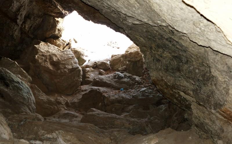 Вход в Ищеевскую пещеру